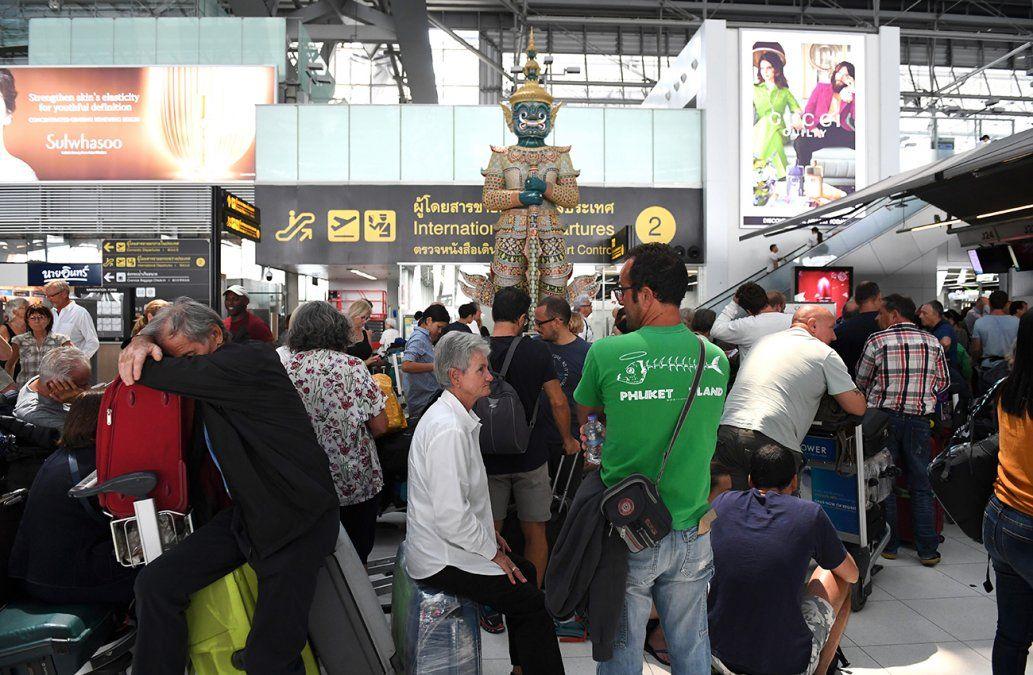 5.000 turistas atrapados en Bangkok al suspender Thai vuelos sobre Pakistán