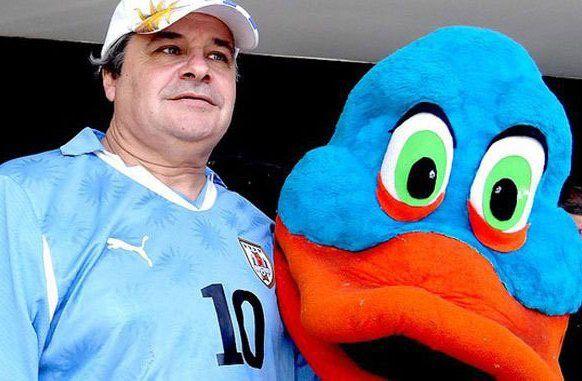 Torena durante su época de mascota de la selección uruguaya.