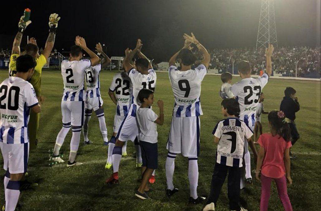 Cerro Largo lidera el Apertura con puntaje perfecto tras la victoria 1-0 a Plaza Colonia