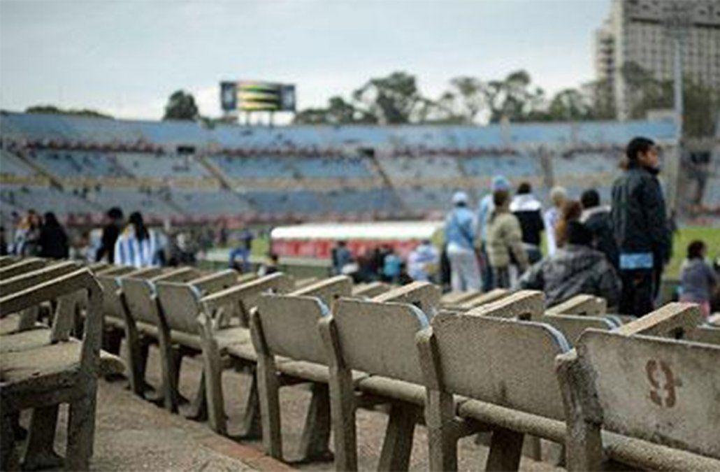 Cambio de reglas en el fútbol: un gol marcado tras una mano involuntaria será invalidado