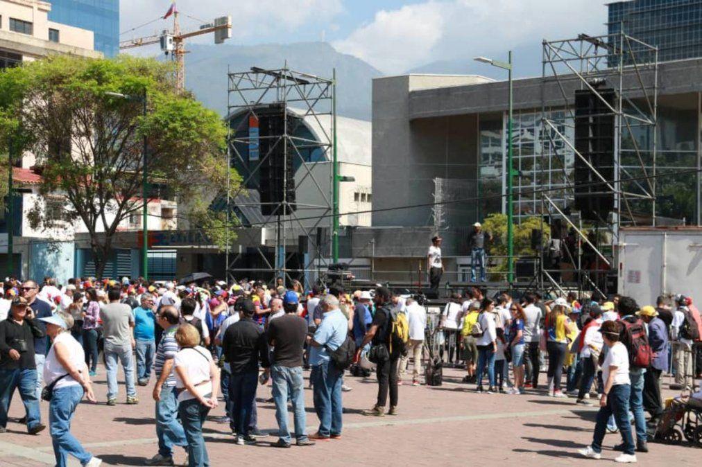 En la plaza Sabel de Caracas en el mediodía este lunes