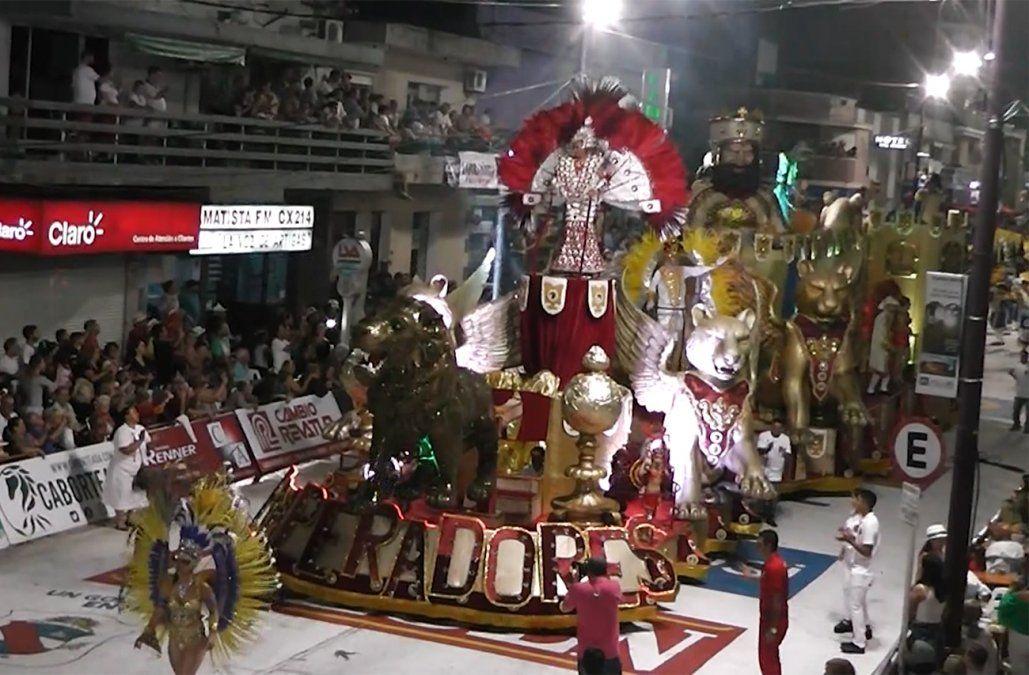 Cada vez más el Carnaval convoca a miles personas en varios puntos del interior