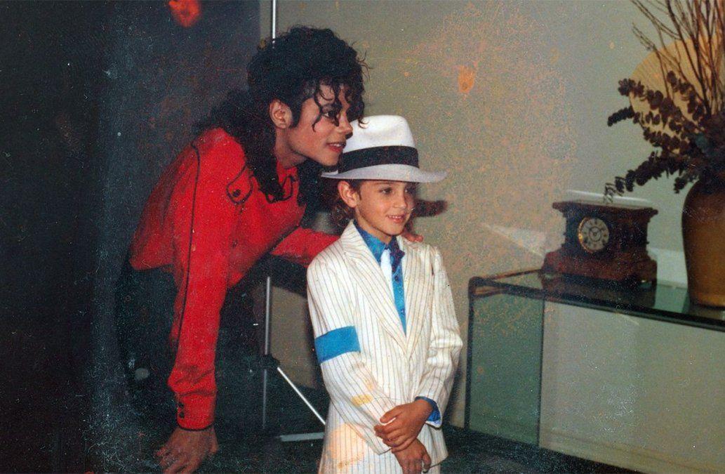 Dos víctimas de Michael Jackson hablan con Oprah Winfrey