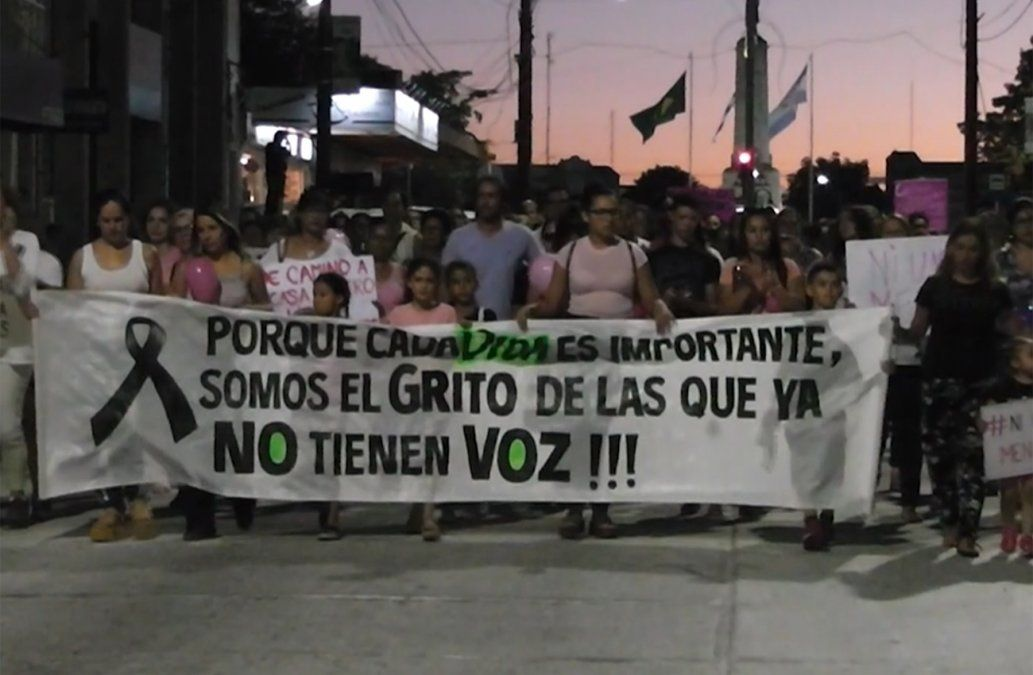 Marcha en Artigas en repudio al femicidio de Rosana Batista