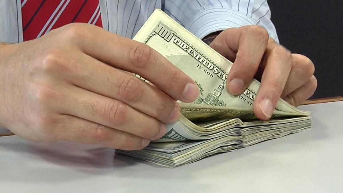 Se dispara otra vez el dólar en Argentina y la situación tiene repercusiones en Uruguay