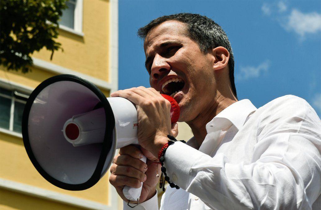 Guaidó asegura que está dispuesto a permitir la intervención extranjera para sacar a Maduro