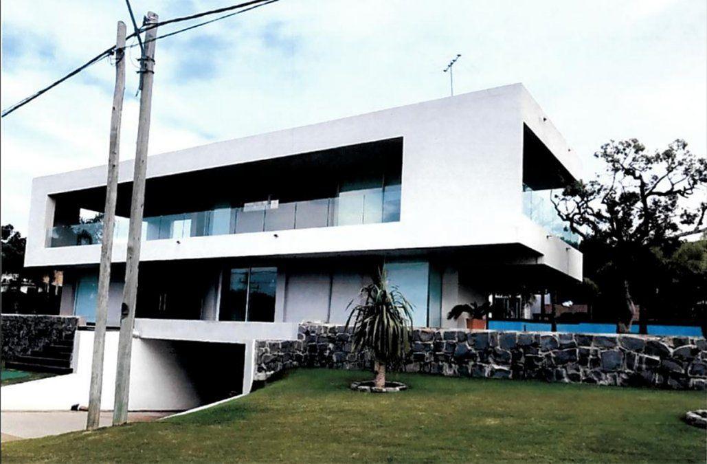 Rematarán la residencia que Gustavo Torena tiene en Punta Colorada