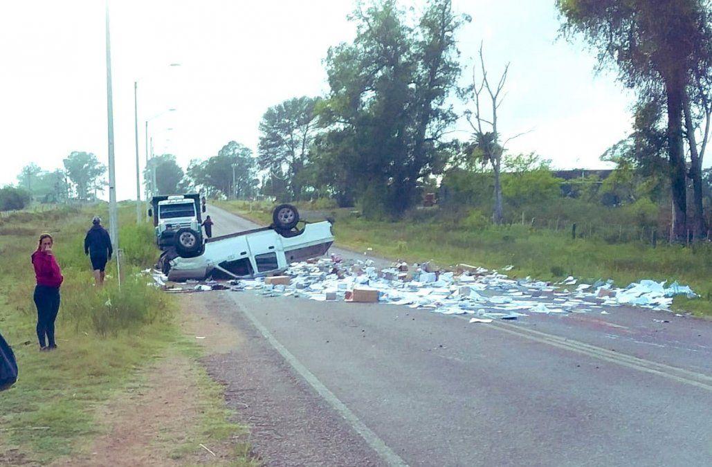 Chofer de Primaria murió tras volcar camioneta cargada de material didáctico