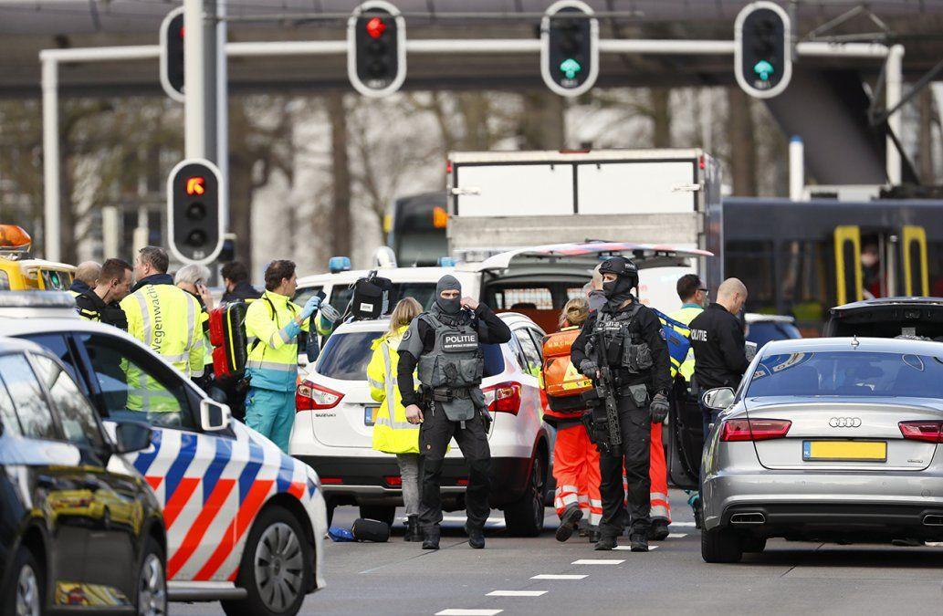 Tres muertos y varios heridos en tiroteo en un tranvía de Utrecht, en Holanda