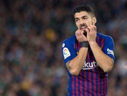 A la China Cup sin goleadores top: por lesión Suárez se suma a la ausencia de Cavani