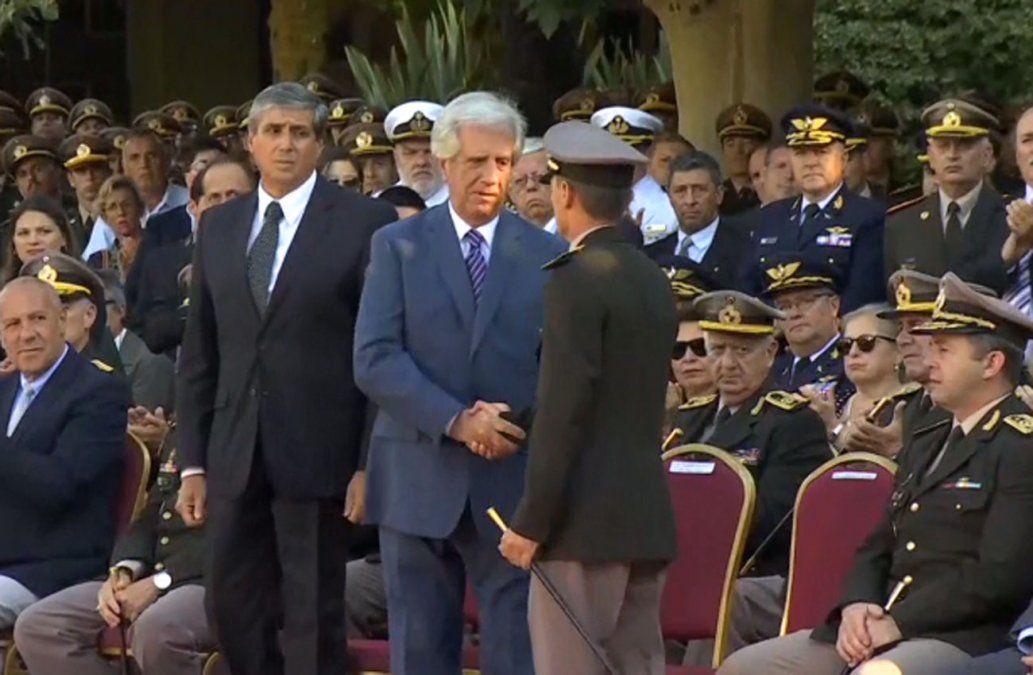Nuevo comandante del Ejército consideró un honor suceder a Manini Ríos
