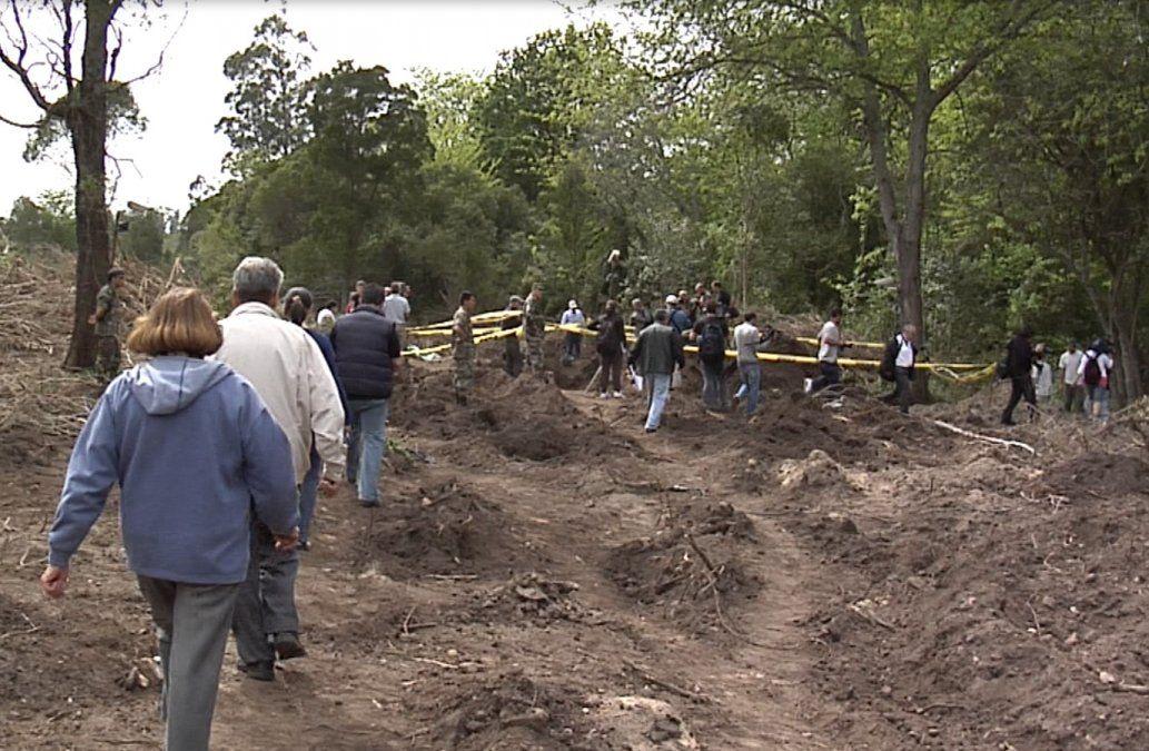 Retomaron las excavaciones en el batallón 14 en busca de restos de desaparecidos