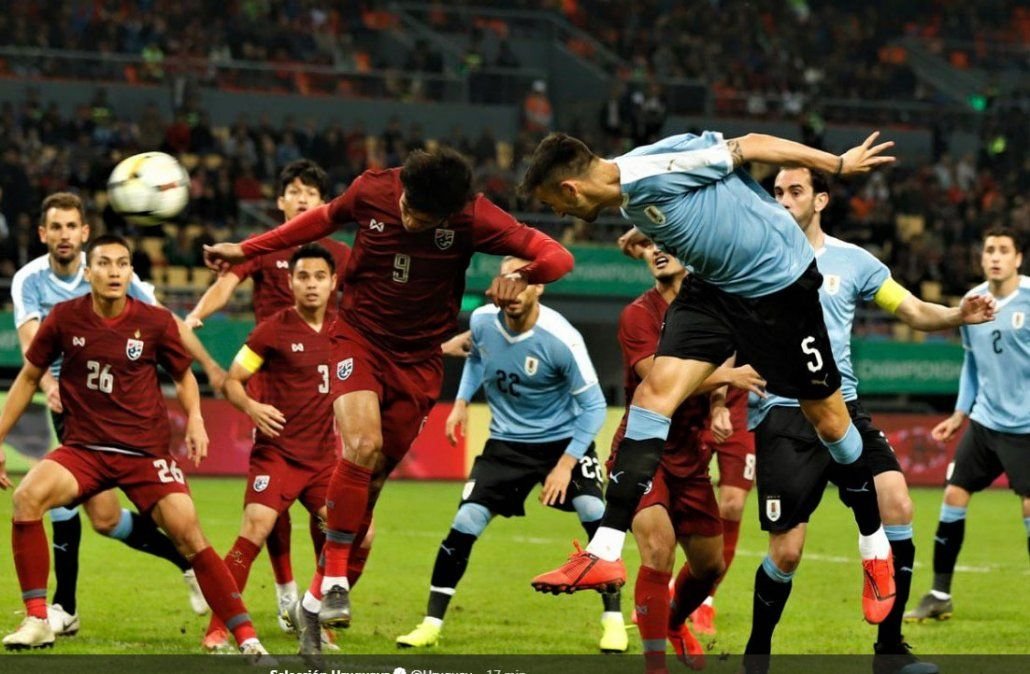 Uruguay 4 - Tailandia 0: la China Cup es celeste sin grandes dificultades
