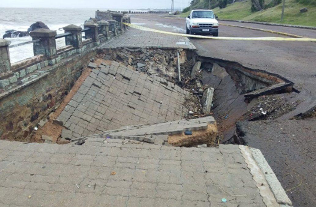 Se hundió un tramo de la rambla de Punta Fría tras el temporal de viento