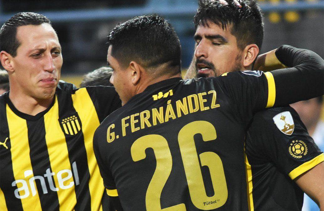 Peñarol empató en la hora a Racing y Fénix goleó a Danubio