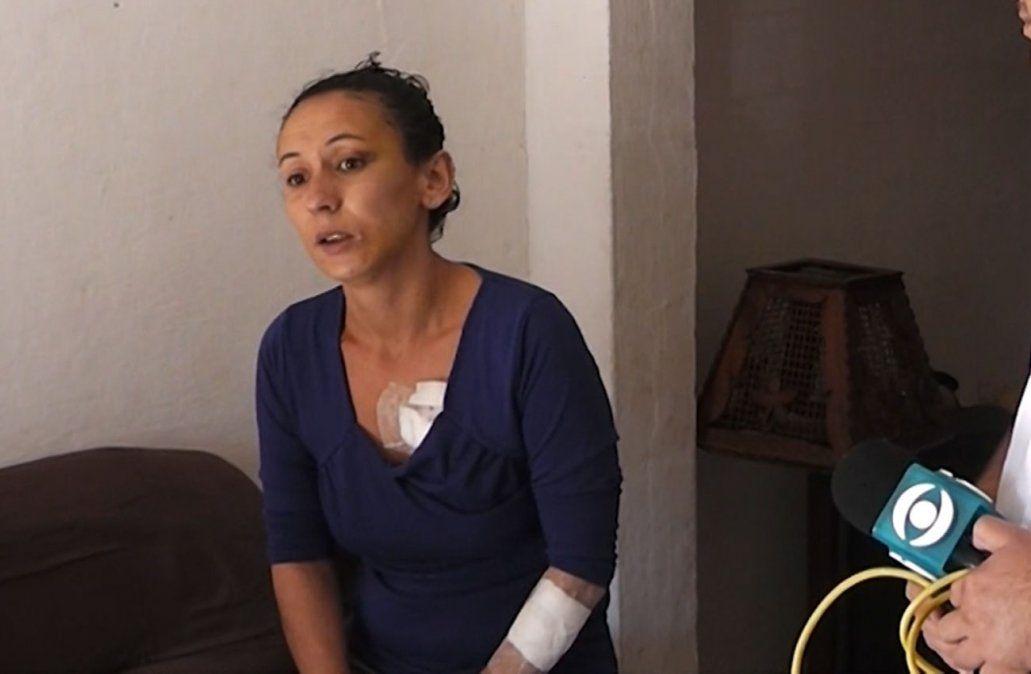 Mujer fue apuñalada varias veces por su pareja y contó cómo la salvó su abuela