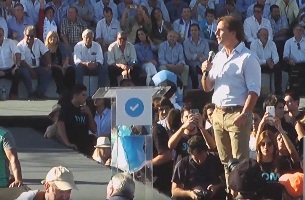 Foto: captura de pantalla de la transmisión en vivo del acto.