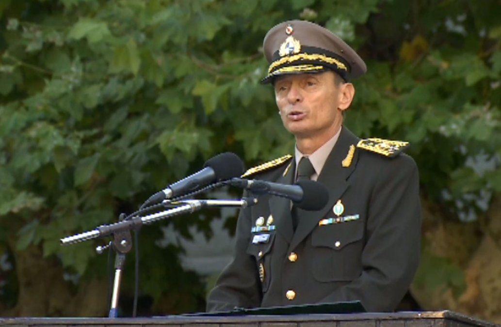 Revelacion de confesión de Gavazzo complica situación del nuevo comandante del Ejército