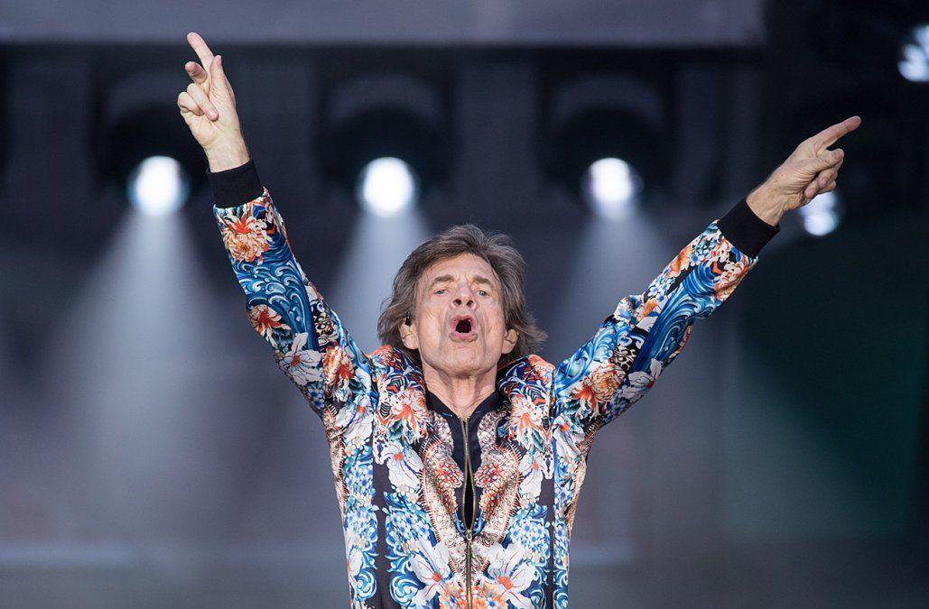 Los fans de los Rolling Stones, preocupados por la salud de Mick Jagger