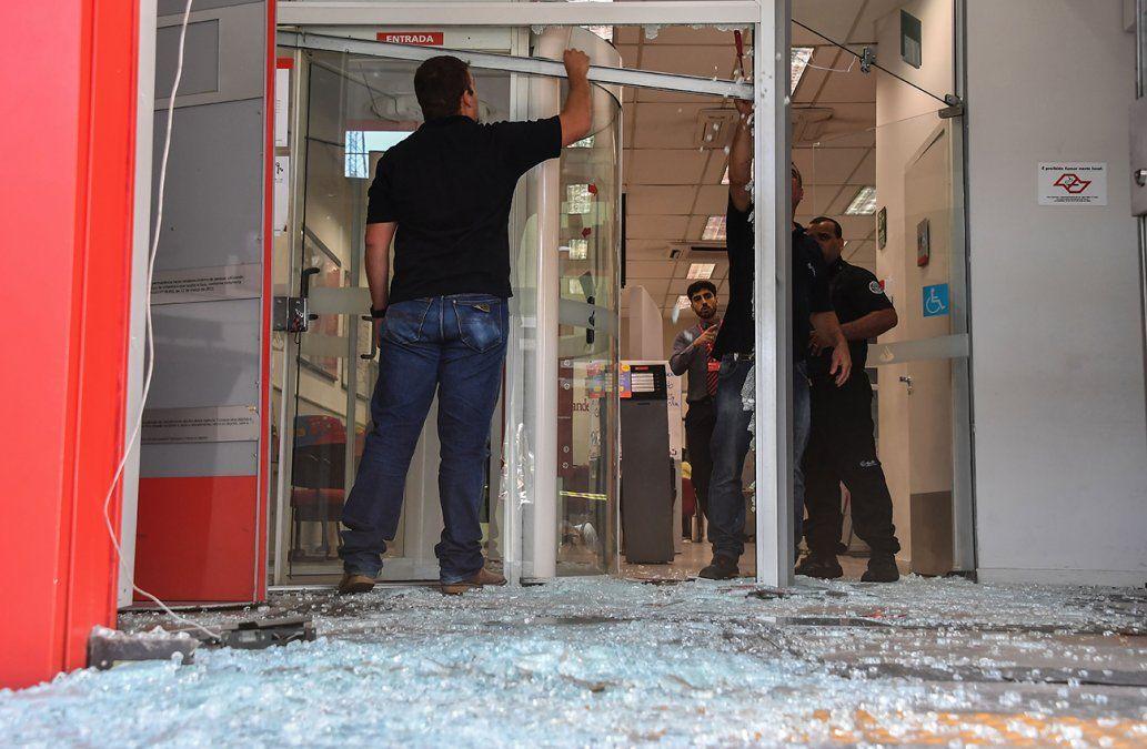 Policía brasileña mata a 11 asaltantes de bancos en región de Sao Paulo