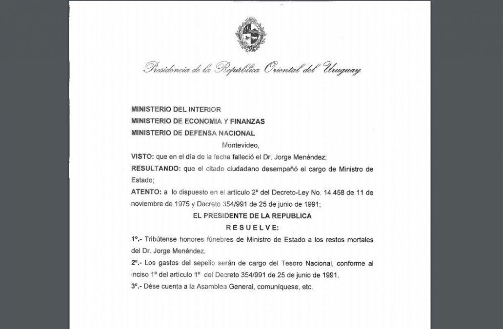 Honras fúnebres de ministro de Estado para el exsecretario de Defensa Jorge Menéndez
