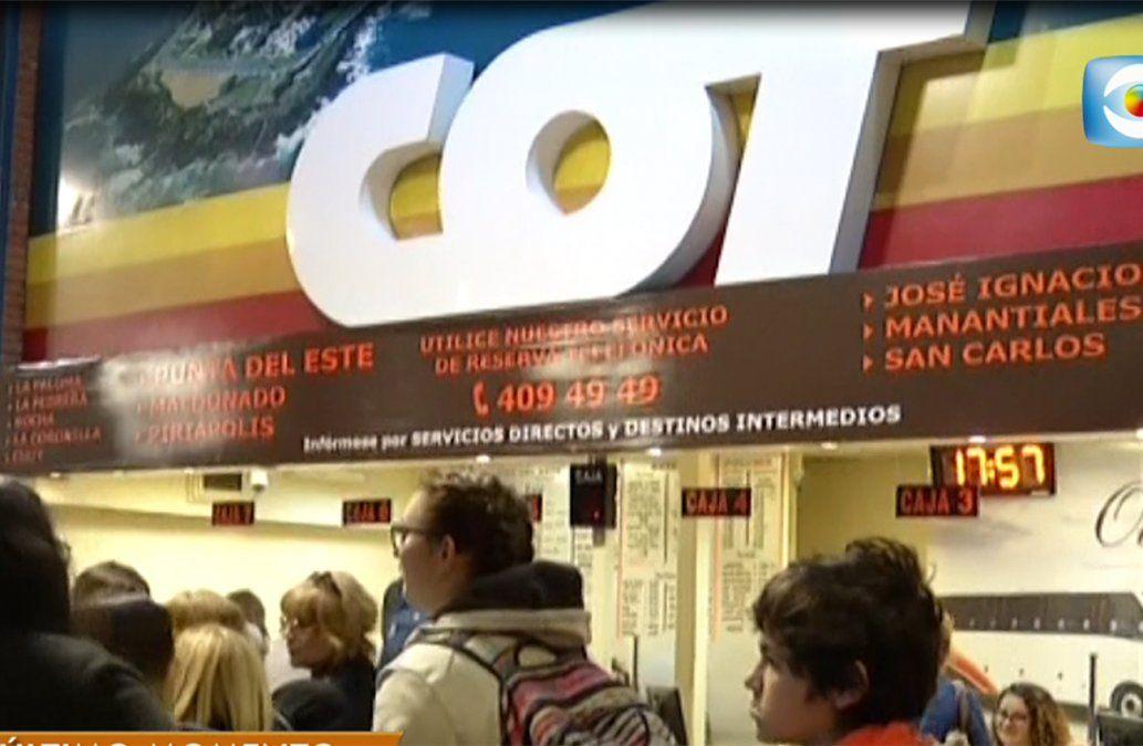 Paro sorpresivo de COT afectó las salidas de 40 servicios en víspera de Semana de Turismo