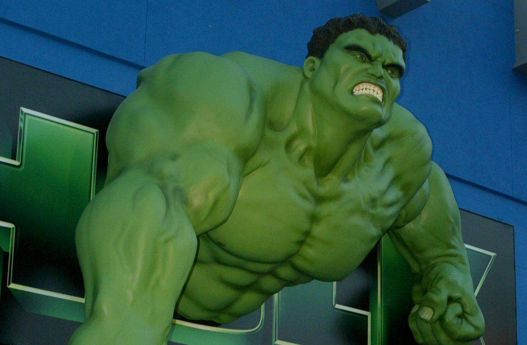 Delincuente con máscara de Hulk asaltó una panadería y se llevó 12.000 pesos