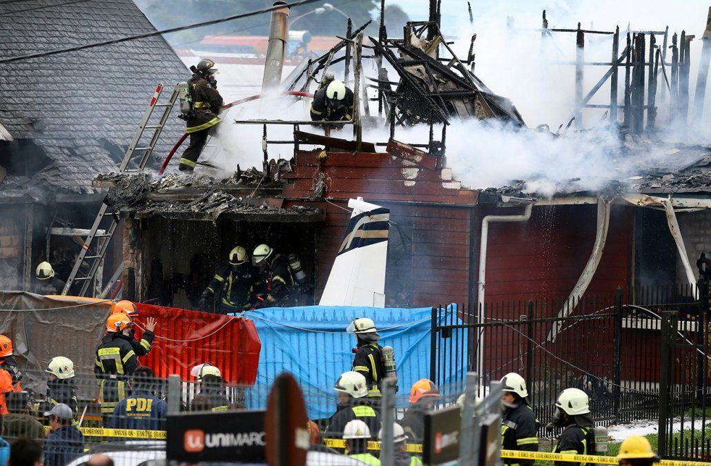 Seis muertos tras caer una avioneta sobre una casa en Chile