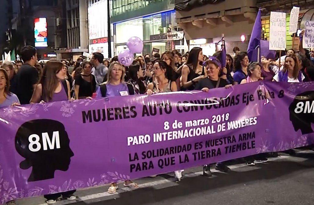1º de Mayo: quince gremios quieren bajar del escenario a la Intersocial Feminista
