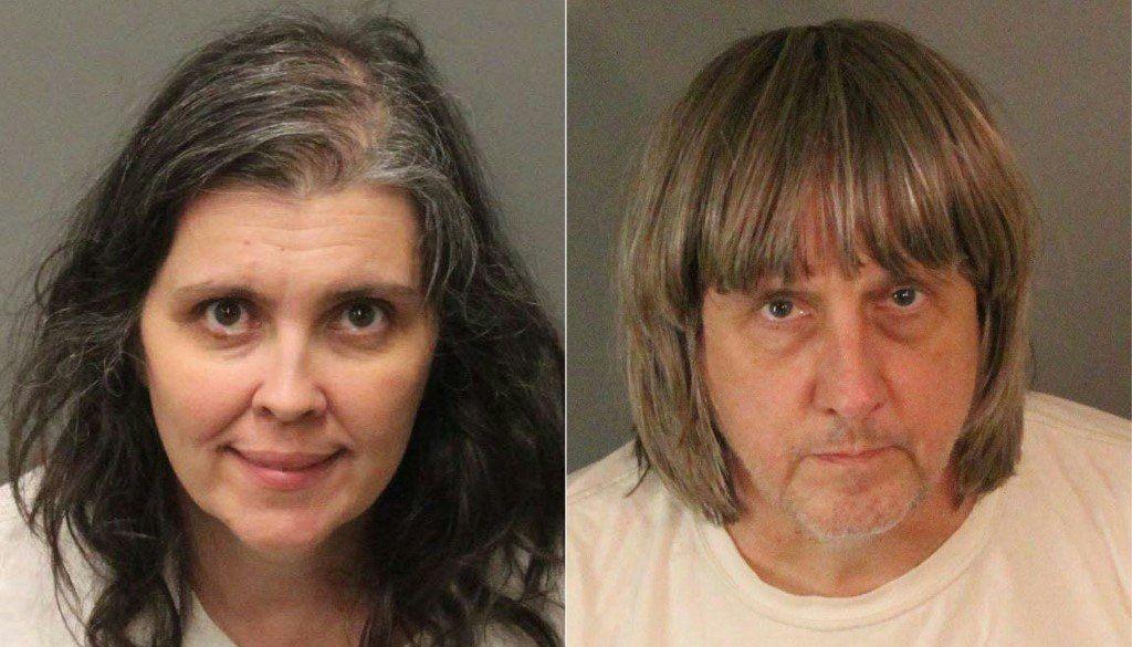 Cadena perpetua para pareja que encerró y torturó a sus hijos en California