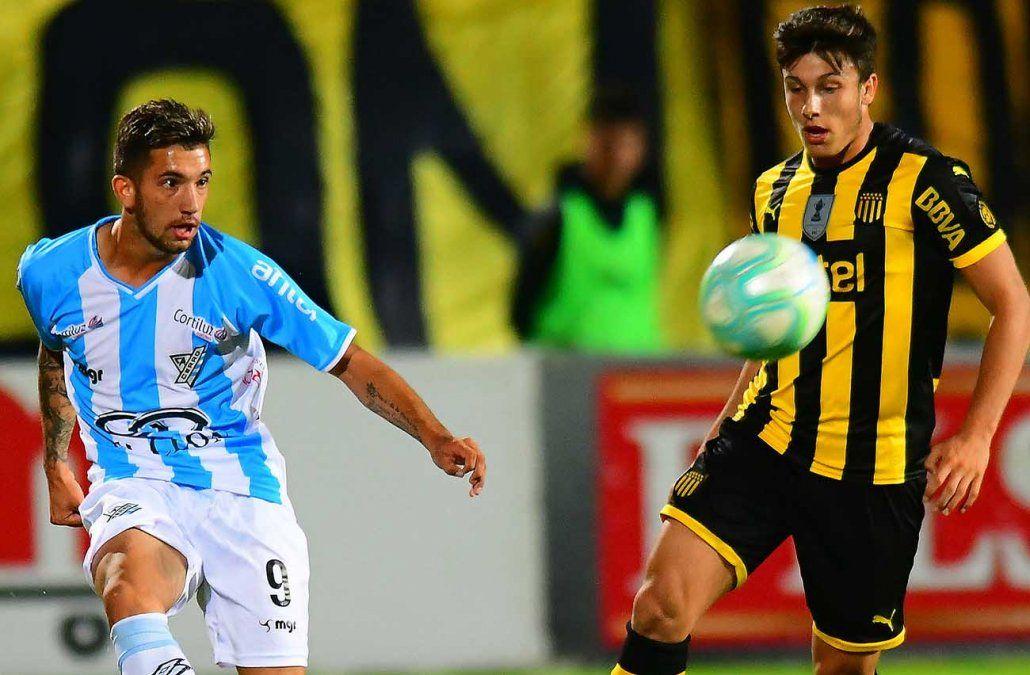 Fénix  empató con Nacional; y Peñarol con Cerro