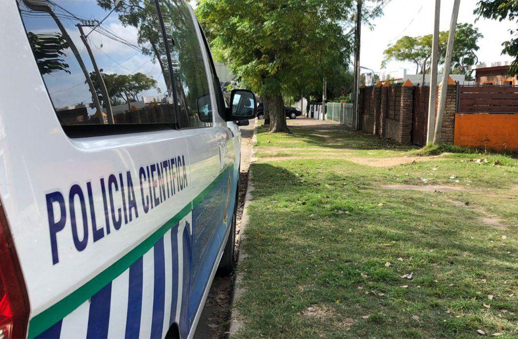 La Policía en uno de los lugares allanados este jueves. (Diego Píriz