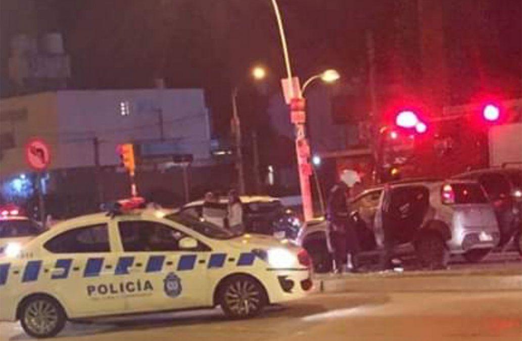 Asaltaron un supermercado, hubo persecución, tiroteo y tres personas lesionadas