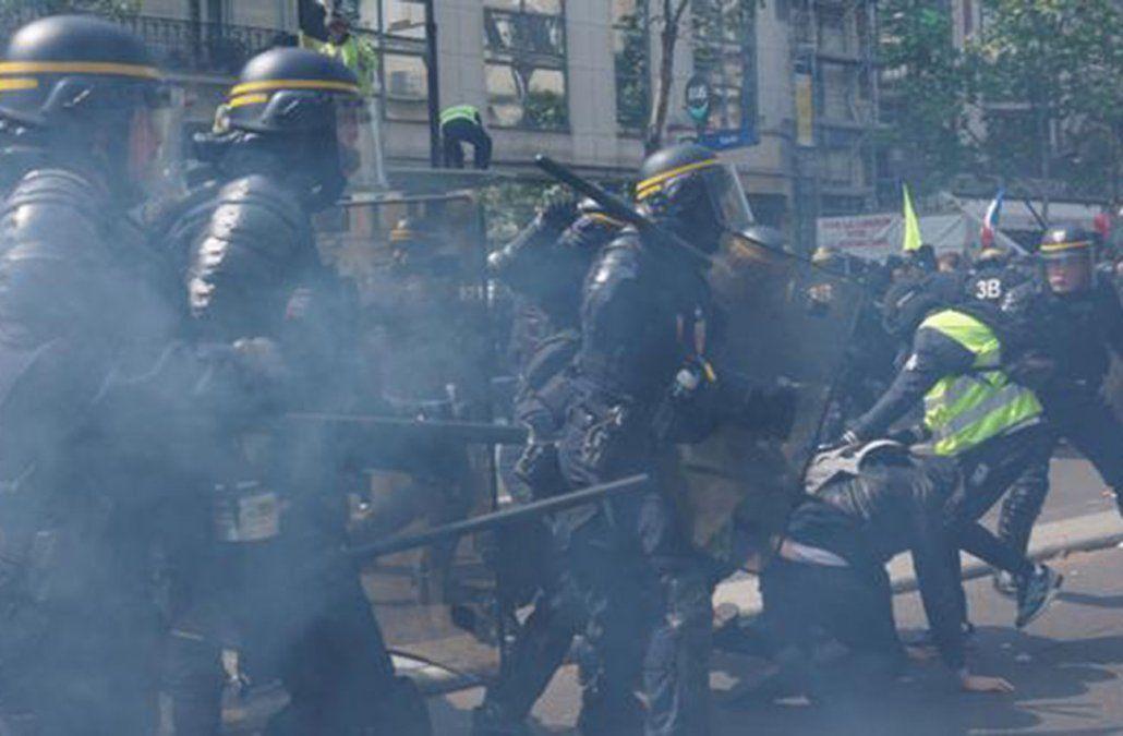 Violento primero de mayo en París
