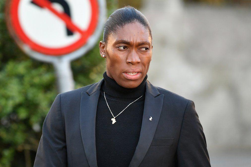 Semenya es especialista en la prueba de 800 metros donde ha conseguido ser dos veces campeona olímpica —en Londres 2012 y Río 2016