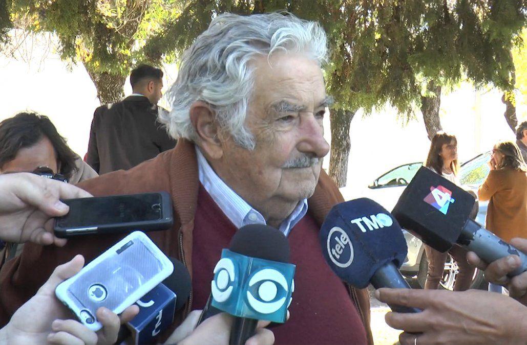 No hay que ponerse delante de las tanquetas, dijo Mujica sobre atropello de manifestantes