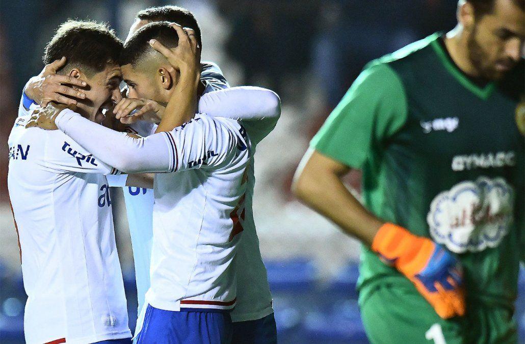 Nacional goleó a Progreso con tres de Kevin Ramírz y llega al clásico con confianza
