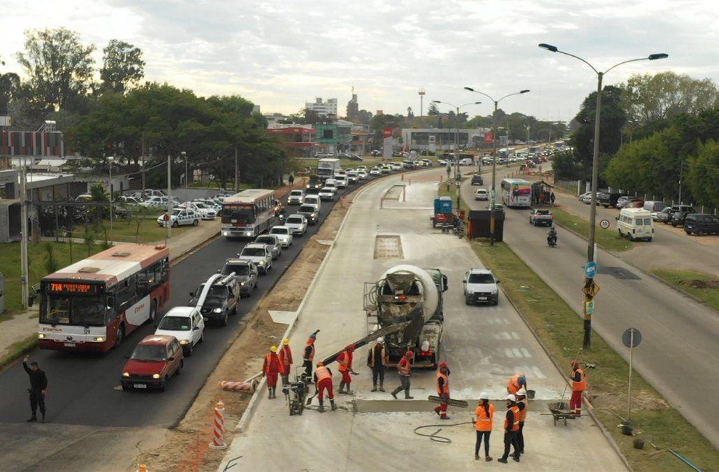 Con desvíos en el tránsito comienza el ensanche de la calzada sur de avenida Italia