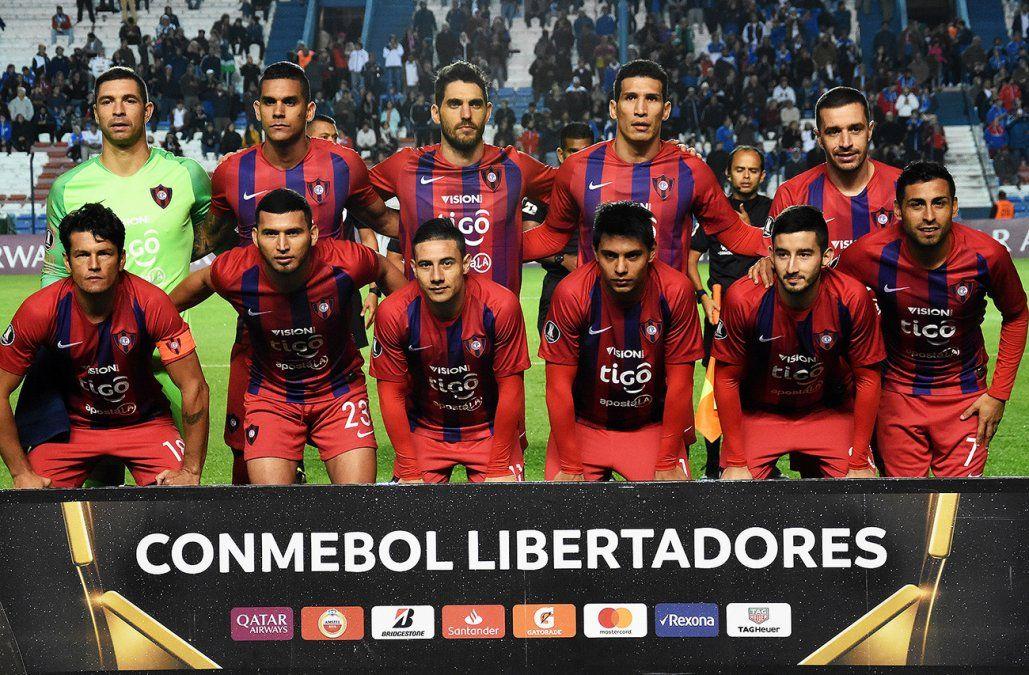 Nacional empató 1-1 con Cerro Porteño y clasificó segundo