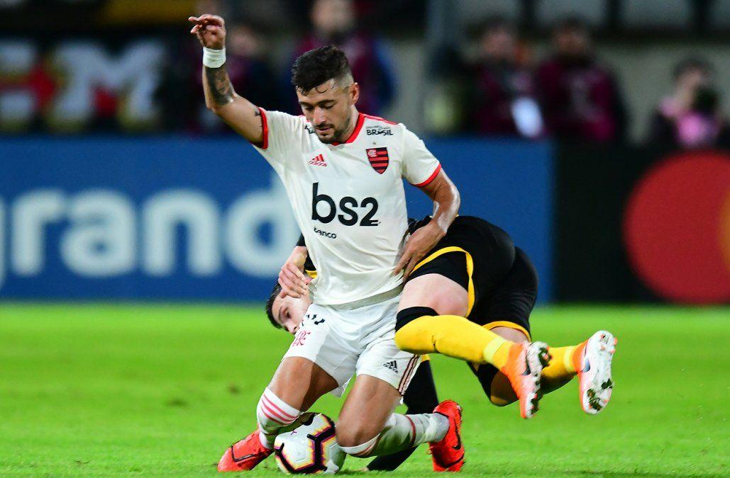 Peñarol empató 0-0 con Flamengo en el Campeón del Siglo y quedó eliminado
