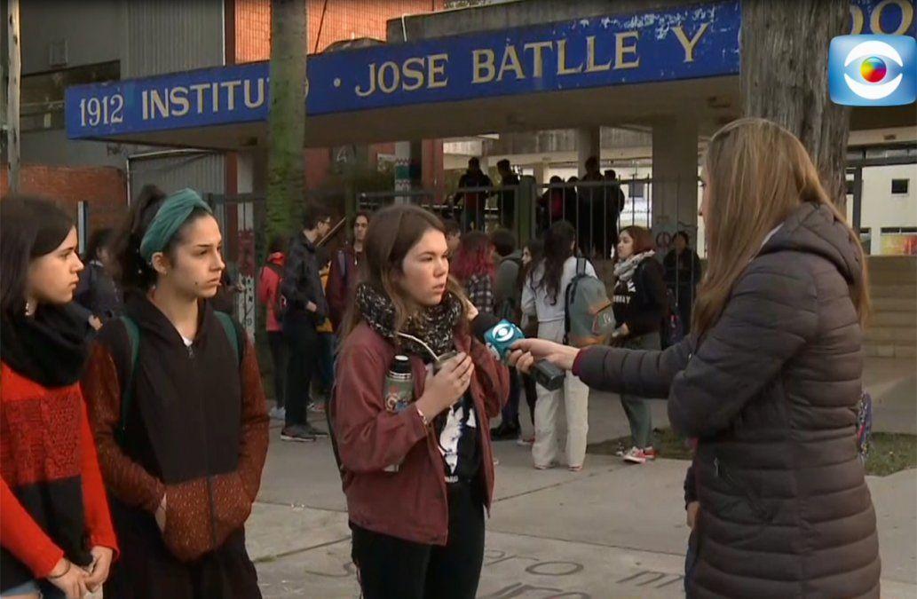 Robo a mano armada dentro del Liceo 36: gremio de alumnos realiza un paro en protesta