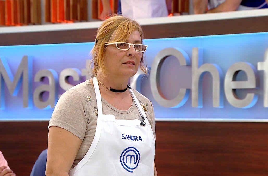 Una pastafrola con masa cruda dejó a la maestra Sandra Silvera fuera de MasterChef