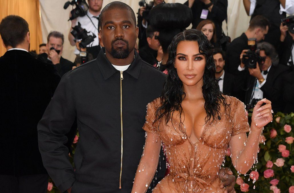 Kanye West y Kim Kardashian viven separados, según medios estadounidenses