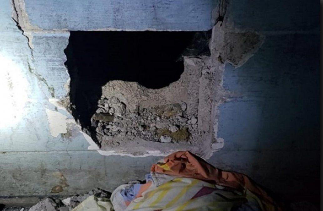 23 reclusos boquetearon celdas del Comcar y salieron al techo para reclamar por problemas de convivencia
