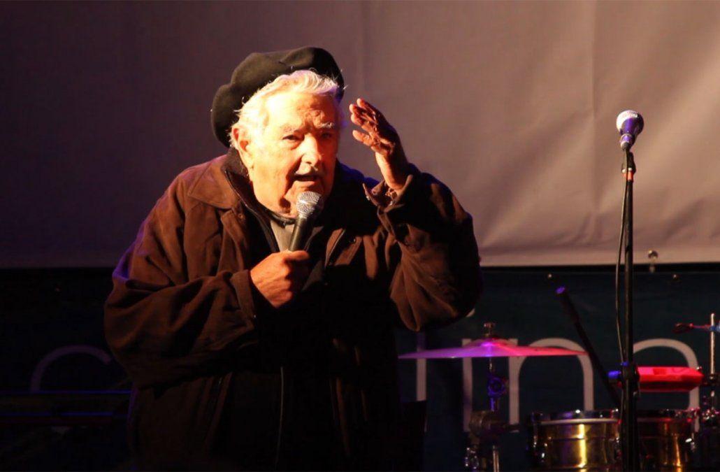 Consejos de Mujica: si les vienen a comprar el voto, cúrrenlos y voten a cualquiera