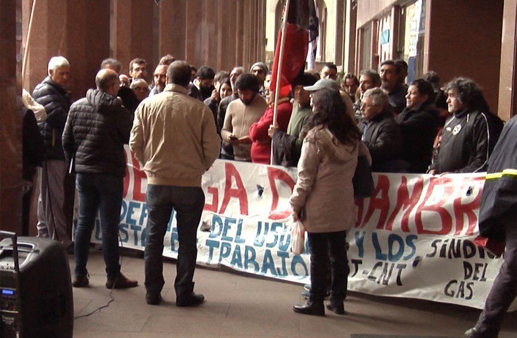 Vázquez abrió una ventanita y el sindicato del gas decide aplazar la huelga general