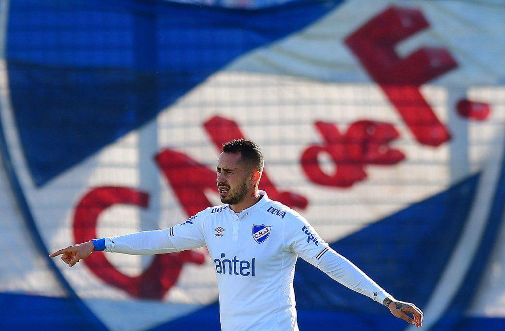 Nacional le ganó a Rampla 3-0 con goles de Amaral, Zunino y Bergessio