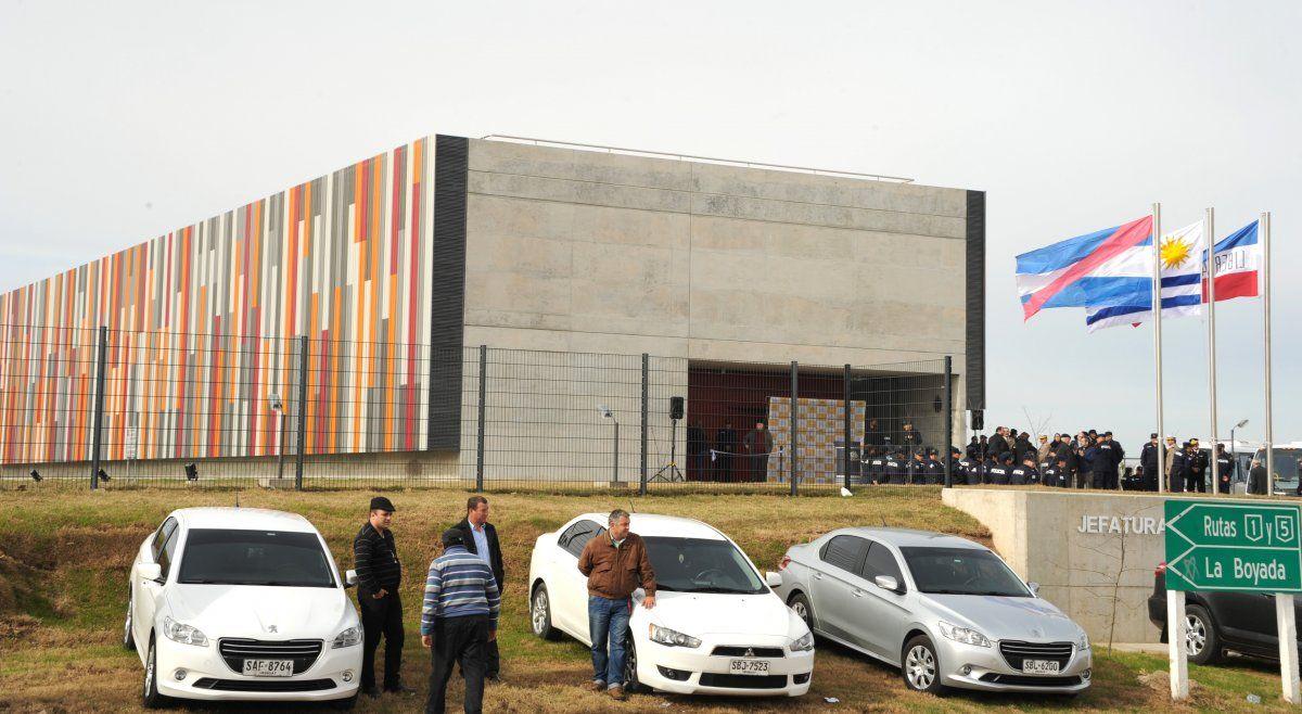 Inauguración del edificio policial de la zona oeste