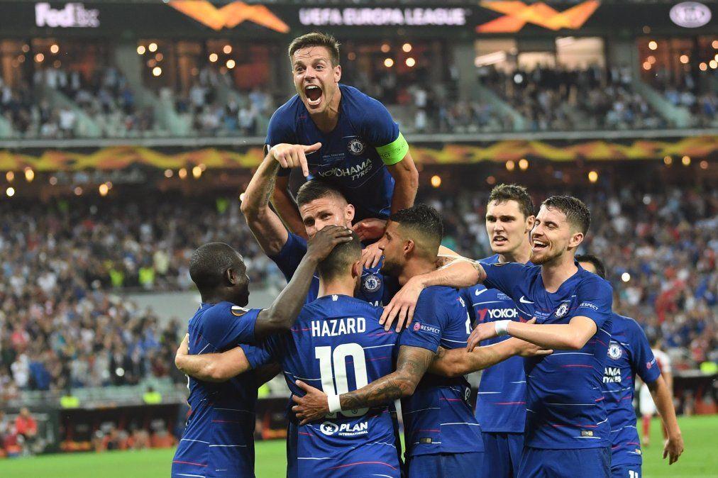 Chelsea campeón de la Europa League con doblete de Hazard