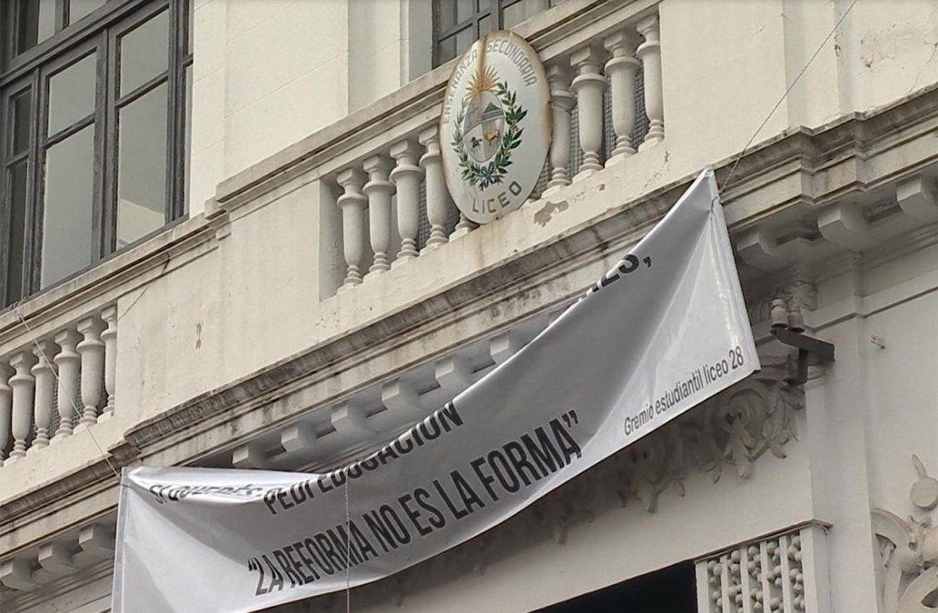 Gremio de estudiantes del Liceo 28 rechaza reforma que impulsa Larrañaga